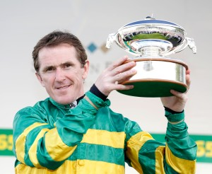 Tony McCoy with the 20th Champion Jockey's Trophy and his last days racing  Sandown 25.4.15 Pic Dan Abraham-racingfotos.com